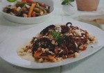 Salada de polvo com pimentos
