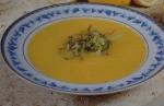 Sopa de legumes com alface