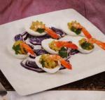 Ovos recheados com camarão